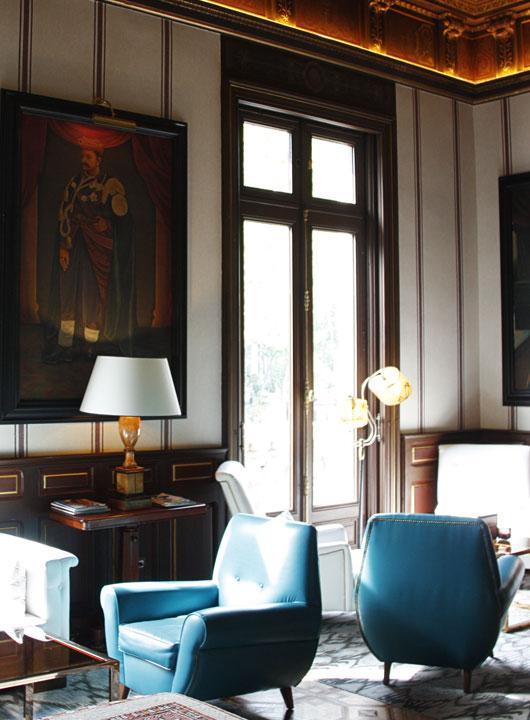 ventana de madera balconera en Hotel de barcelona - Carreté Finestres