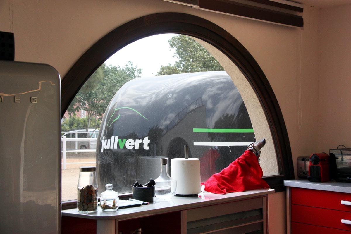 finestres de fusta de pi wengue reforma Club Hipic Julivert Riudoms per la fàbrica de finestres i tancaments Carreté Finestres