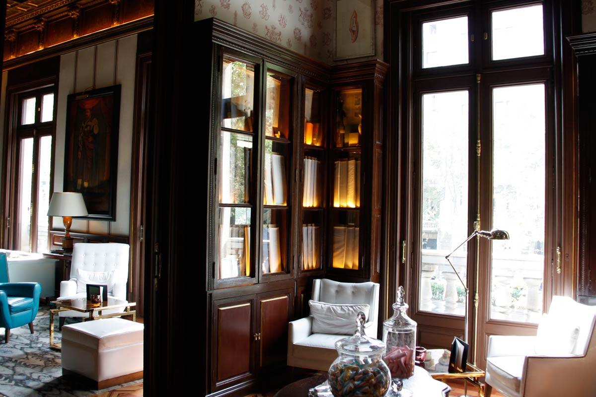 CarretHotel Cotton House en Barcelona con ventanas de madera aislamiento acústico - Carreté Finestresé-Finestres-Hotel-Cotton-House-Barcelona
