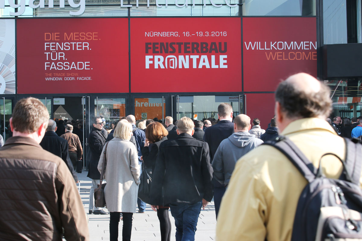 Carreté-Finestres-de-fusta-WinProX-Fenstebrau-Frontale-Nurnberg-Deutschland-Fenster-Ventanas-de-madera-windows-wood