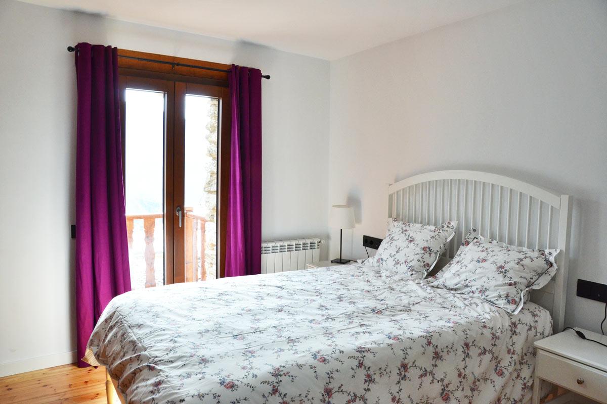 ventanas mixtas de madera y aluminio aislamiento térmico fabricadas por Carreté Finestres en Queralbs Cataluña- Ripollès -domitori