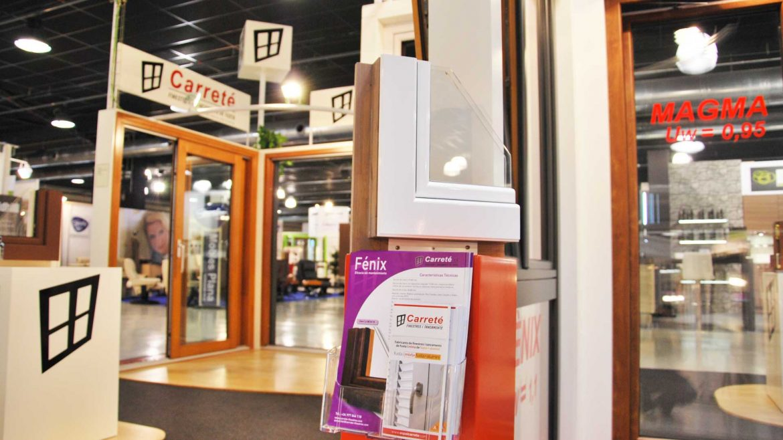 ExproReus exposición Carreté Finestres ventanas de madera mixtas y ventanas de madera y aluminio en Expro Reus