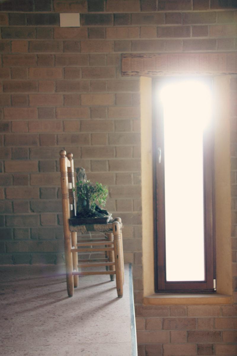 finestres de fusta fabricades per a casa ecològica a Montmell per Carreté Finestres fabrica de finestres a mesura-porta exterior
