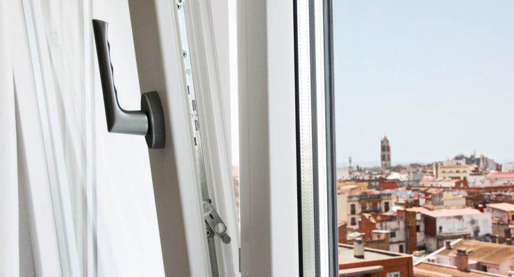 Nuevas ventanas de madera y aluminio en Reus