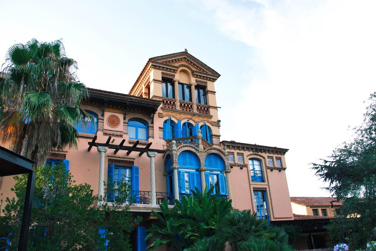 reforma Hotel Mas Passamaner ventanas de madera fabricadas por Carreté Finestres en La Selva del Camp-presupuestos arquitectos