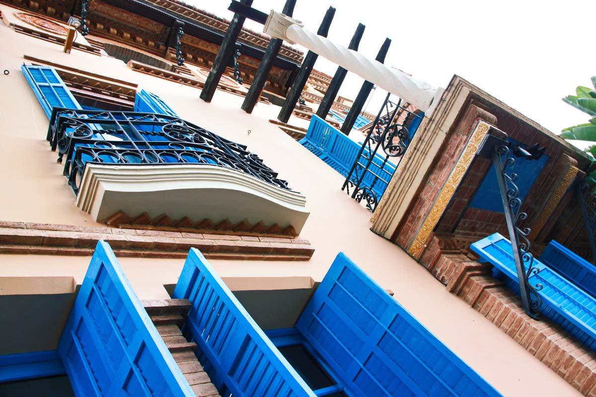 reforma Hotel Mas Passamaner ventanas de madera fabricadas por Carreté Finestres en La Selva del Camp-ventanas rústicas originales