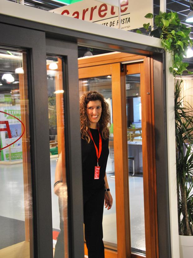 exposición fabrica de ventanas y cerramientos carpintería Carreté Finestres ventanas de madera mixtas y ventanas de madera y aluminio en Expro Reus