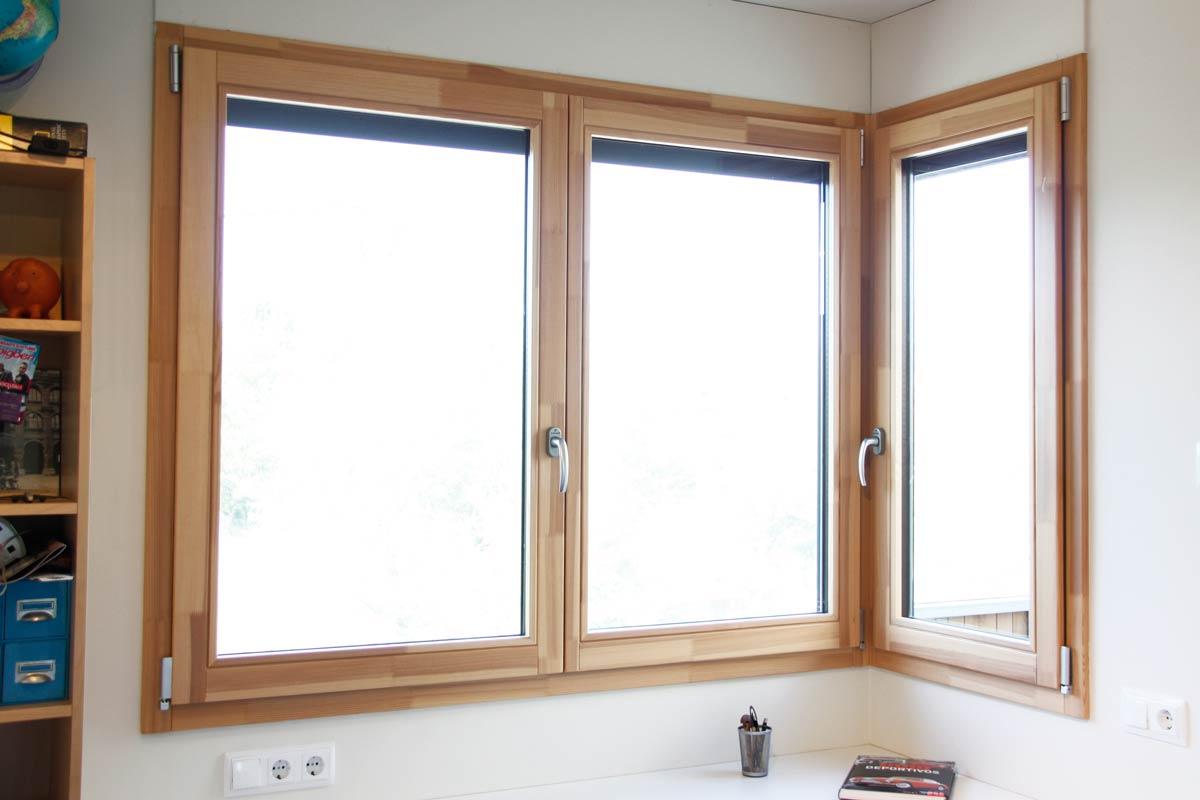 ventanas de madera cantonera a medida con aislamiento térmico y acústico en Lleida