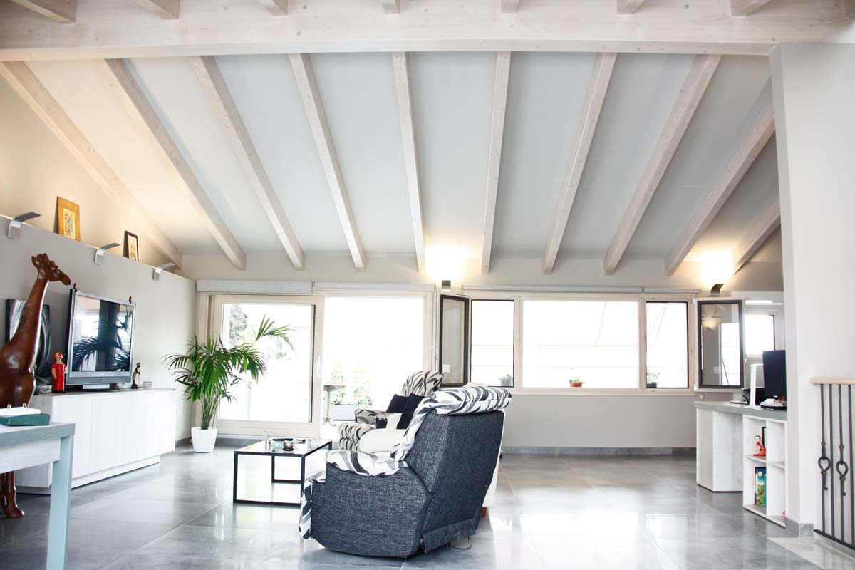 Reforma ventanas de madera aluminio y mixtas en Vilanova i la Geltru por Carreté Finestres-ventanas a medida