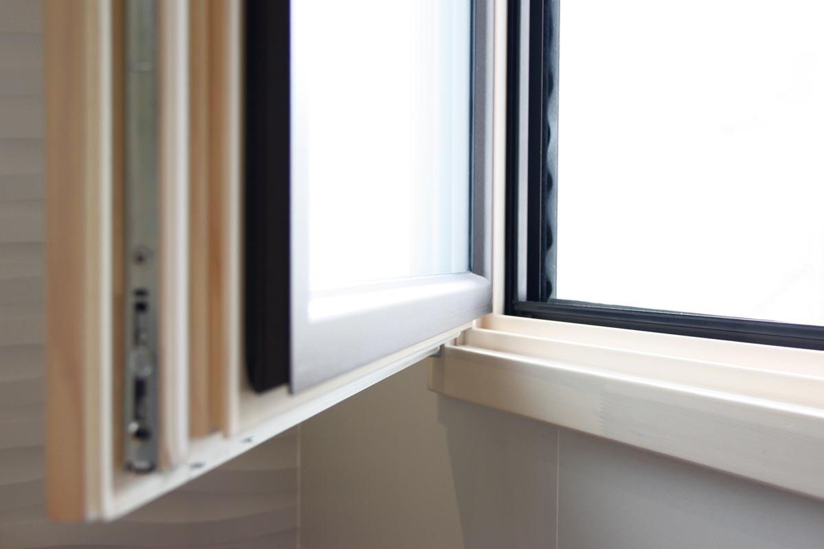 ventanas de madera aluminio y mixtas en Vilanova i la Geltru(Garraf) por Carreté Finestres-ventana mixta elevable-diseño arquitecto
