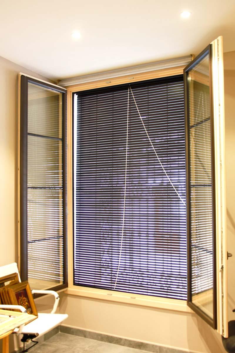 ventanas de madera aluminio y mixtas en Vilanova i la Geltru(Garraf) por Carreté Finestres-persiana alicantina gran calidad