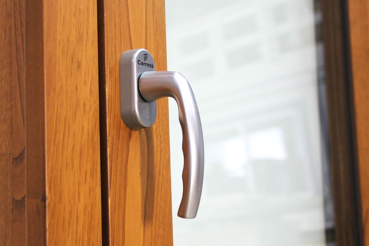 Carreté Finestres - ventana de madera y aluminio Flat mixta detalle interior