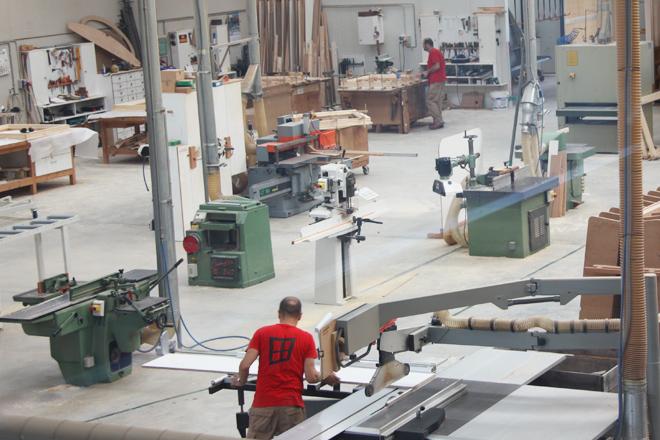 Carreté Finestres es fabricante de ventanas de madera y aluminio (ventana mixta)