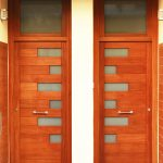 Carreté Finestres porta entrada de casa adhosada