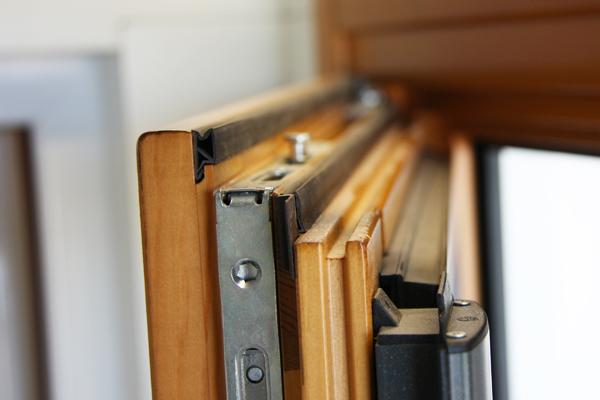 Carreté Finestres - exposición de ventanas de madera en el sud de Catalunya