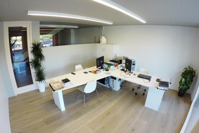 Carreté Finestres - oficinas centrales de fabricante de ventanas de madera, ventana mixta de madera y aluminio y cerramientos en la Selva del Camp (Baix Camp)