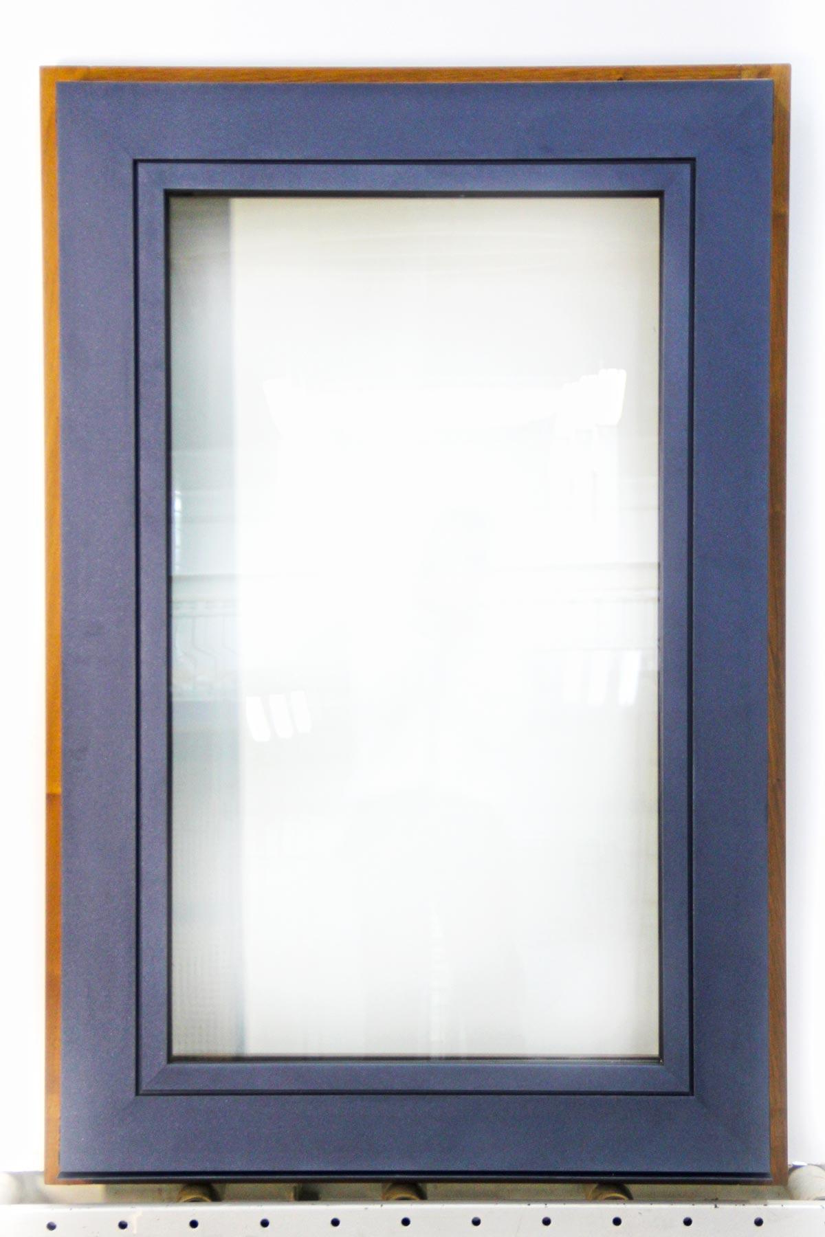 Carreté Finestres - ventana de madera y aluminio Flat