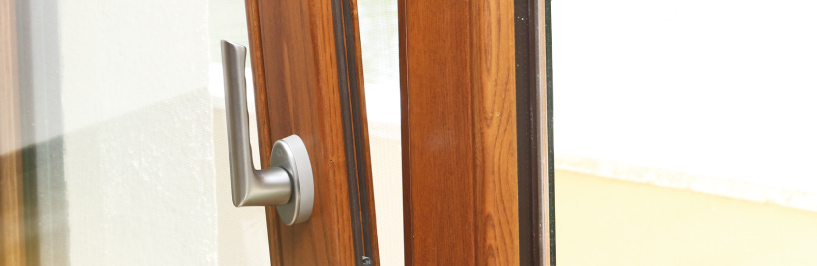 Carreté Finestres - muestrario de colores de ventanas de madera y aluminio (ventana mixta)