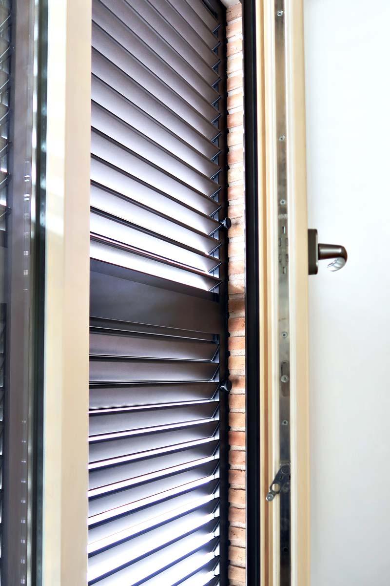 ventana de madera y aluminio fabricada en Cataluña - Carreté Finestres