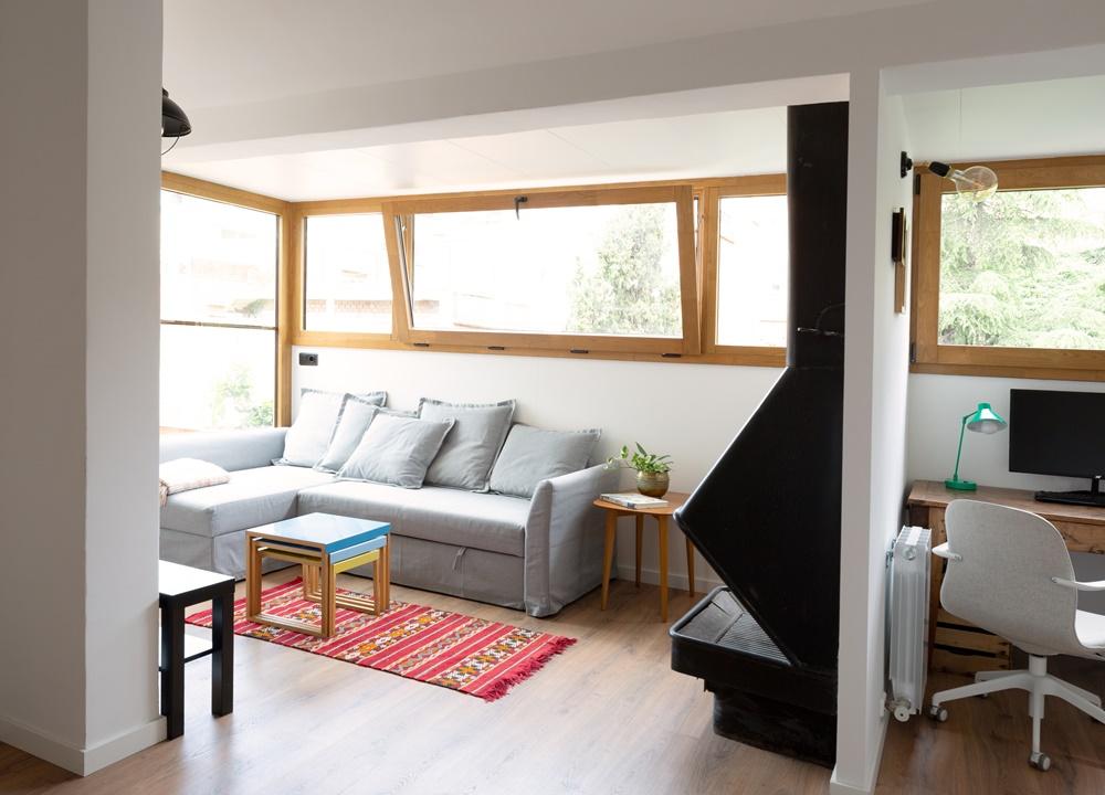 renovación de ventanas mixtas de madera y aluminio Fénix para el estudio CLAAAC en Barcelona