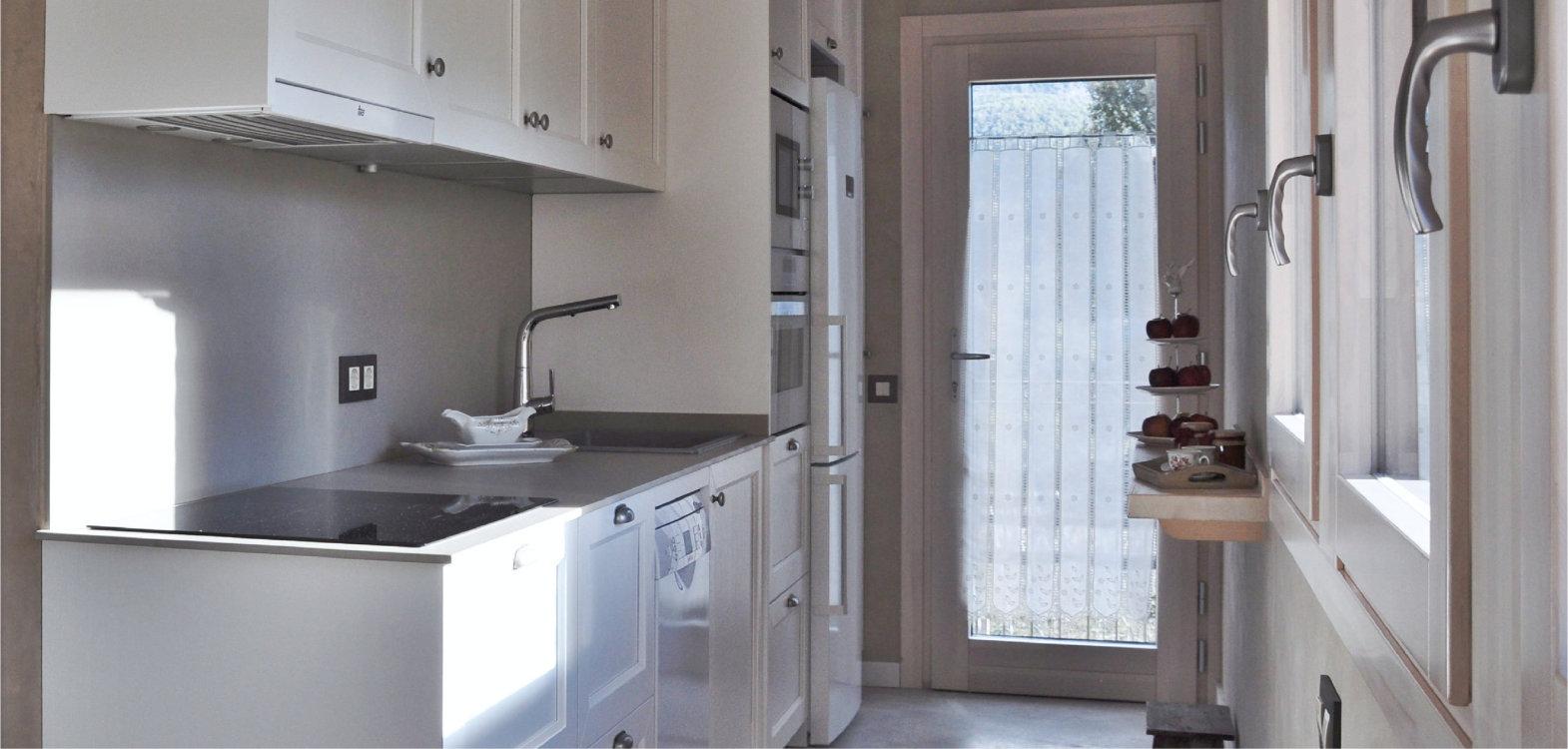 puerta de madera aluminio ventana con triple cristal carrete finestres l'era den bella solsones