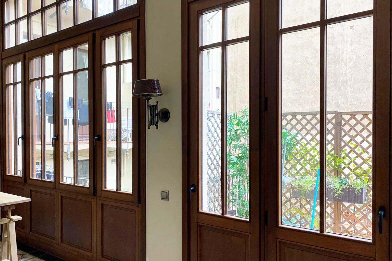 Carreté Finestres ventanas de madera Eixample de Barcelona control solar stopsol guardian sun