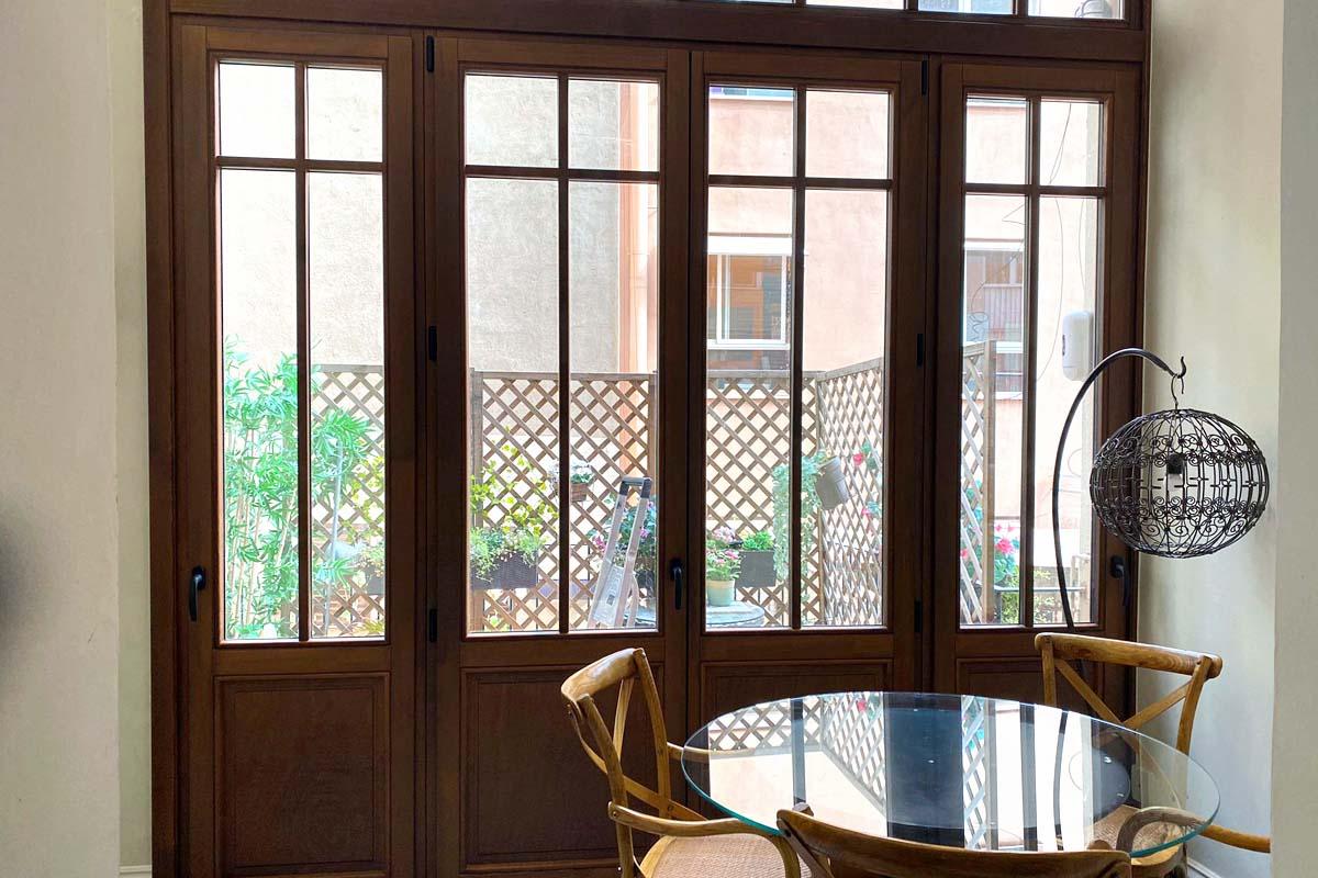 carrete finestres de fusta eixample barcelona interior illa control solar 4+16+4